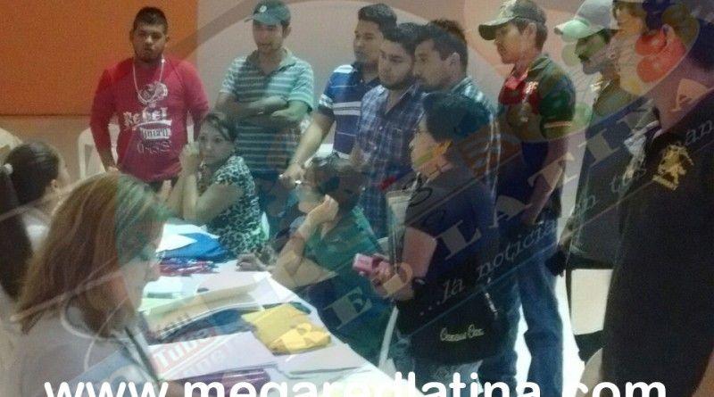 Agradecen sanfernandenses gestión de empleoal presidente municipal José Ríos Silva