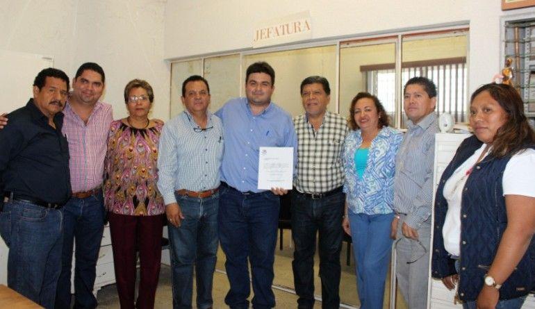 Presenta alcalde naranjense a nuevo jefe de la Oficina de Hacienda