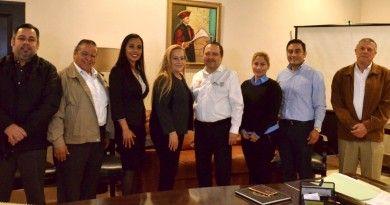Presentan directivos de la UPALT avances académicos a la alcaldesa
