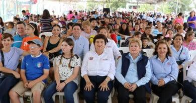 Ofrecen Ayuntamiento y DIF municipal