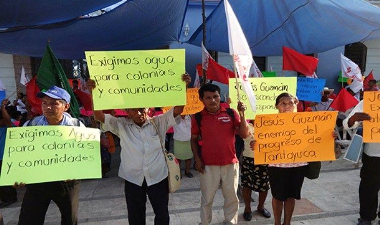 Protestan Antorchitas contra alcalde de Tantoyuca (1)