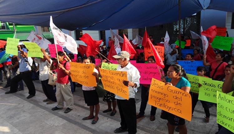 Protestan Antorchitas contra alcalde de Tantoyuca (2)