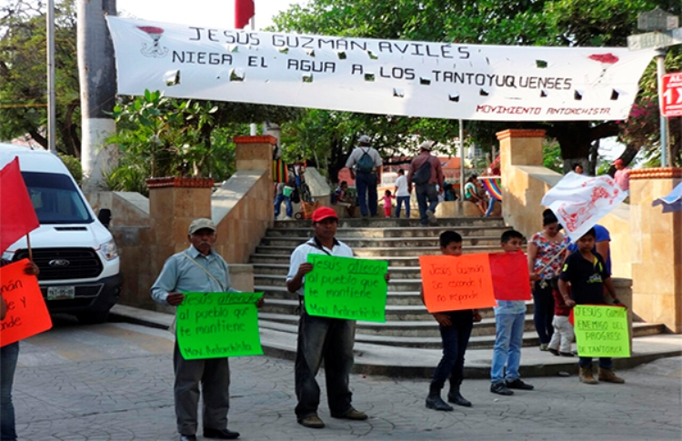 Protestan Antorchitas contra alcalde de Tantoyuca (3)