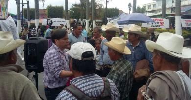 Protestan contra imposición de MORENA en Cosco. (3)