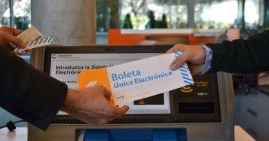 """Realiza INE ejercicio con """"Boleta Electrónica"""" en Universidad de Victoria"""