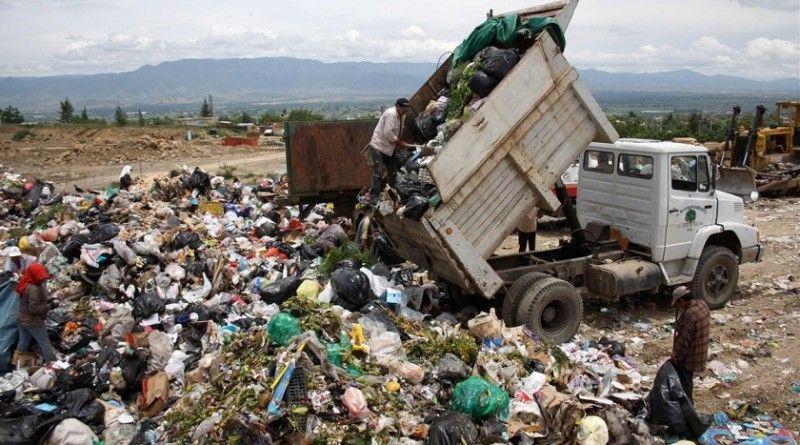 Resta una década de vida útil al basurero de Victoria