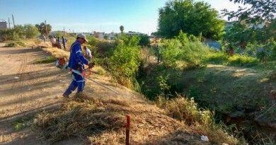 Continúan labores de mantenimientoa canales pluviales en Nuevo Laredo