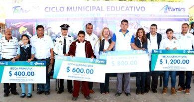 Favorece Gobierno de Alma Laura Amparán a niñez y juventud con más