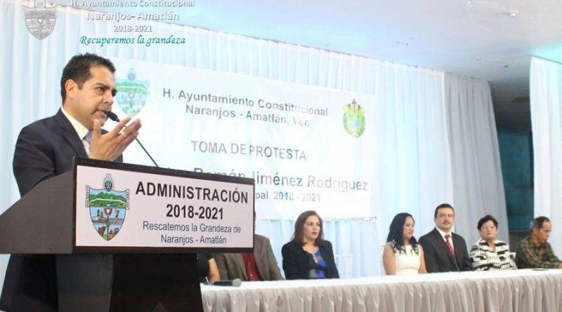 Toma Protesta Víctor Román Jiménez (2)