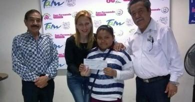 "Entrega DIF 49 becas de ""Seguimiento Educativo"" en San Fernando"